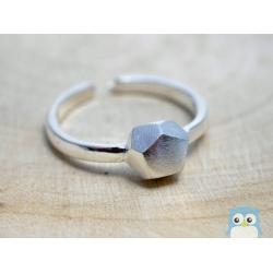 Geometrischer-Ring