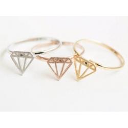 Diamant_style_ring