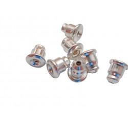 Silberne Ohrmuttern
