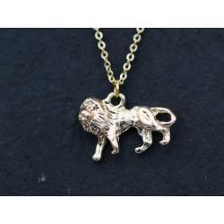 Halskette mit Löwe Anhänger - gold