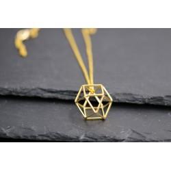 Halskette mit geometrischem Anhänger - minimal