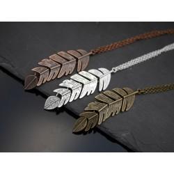 Halskette mit beweglicher...
