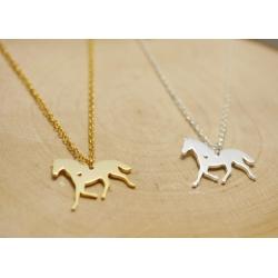 Halskette mit Pferd als Anhänger Gold und Silber
