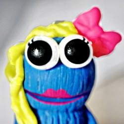 Krümeline Anhänger mit Halskette Krümelmonster Cookie pink Frau Braut BF