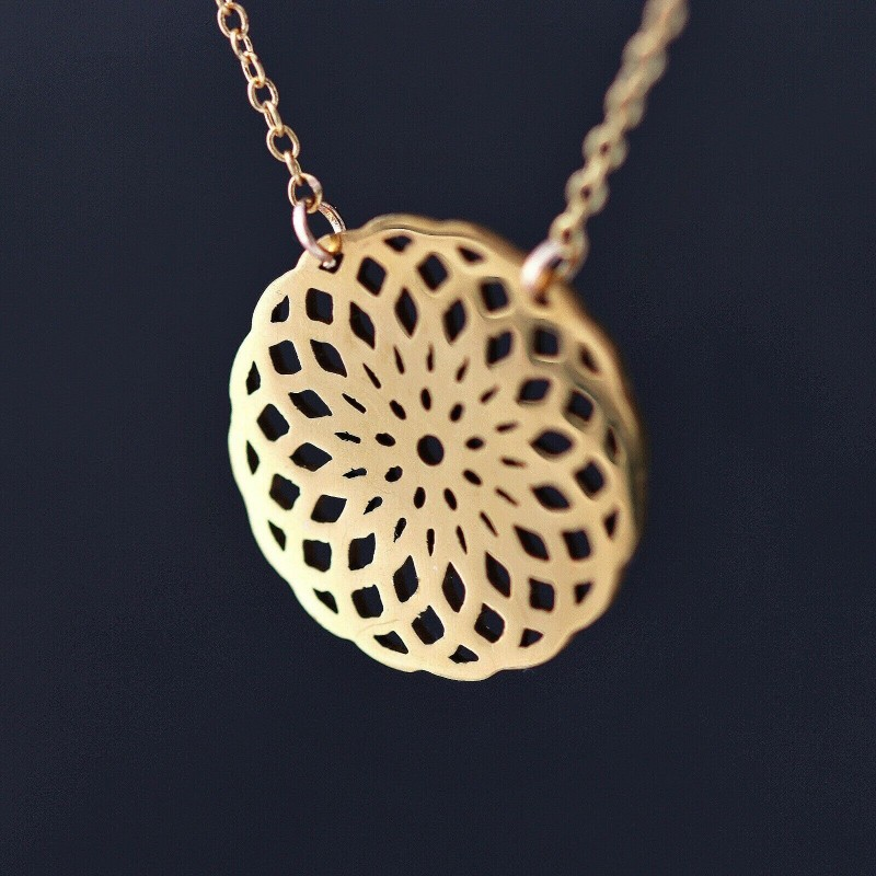 "Edelstahl Mandala-Anhänger mit feiner vergoldeter ""Goldfilled"" Halskette 45cm"