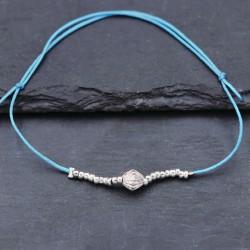 Blaues Armband mit Silberperlen grössenverstellbar